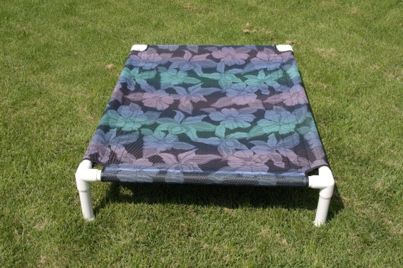 Raised Dog Mesh Cot Highly Durable Easy To Clean And Maintain. Dog Bed, 4 Colors, 4 Sizes, Tightly Woven Mesh Premium Outdoor Fabrics