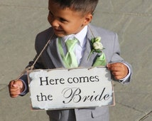Here comes the bride sign, shabby chic