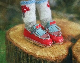 Jiajia Doll limited Rabbit Set - red and sky blue bowknots shoes fits momoko- blythe -Misaki- Unoa light- Lati yellow
