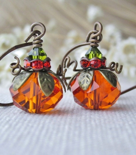 Pumpkin Earrings, Fall Festive Jewelry, Thanksgiving Holiday Jewelry, Orange Pumpkins, Cute Dangling Pumpkin Earrings.