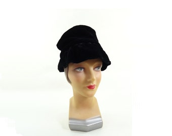 1950s Vintage Black Velvet Hat Black Cloche Soft Black Velvet Hat