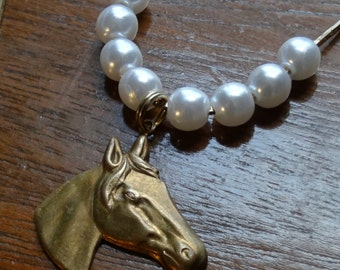 Horse head pendant vintage with CLASSY Pearls
