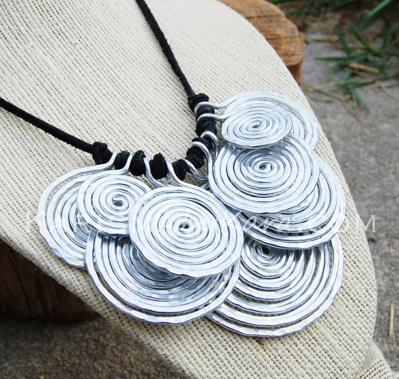 Metal Bib Necklace, Aluminum. Disc. Wire Jewelry.
