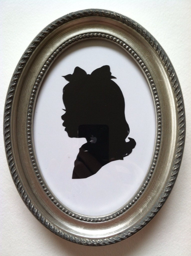 5x7 inch silver oval wood frame for silhouettes from paperportraits on etsy studio