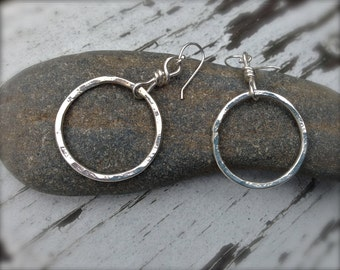 Sterling Silver Organic Circle. Silver Hoop Earrings. Hammered texture. Simple. Mimimalist. Modern. Wear with everything.