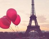Paris is love, Red Balloons in Paris, Eiffel Tower, Paris Sunrise, Paris Photography, Love in Paris, French Home Decor, Red