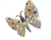 Pretty vintage 80's 90's yellow and black rhinestone butterfly brooch // figural