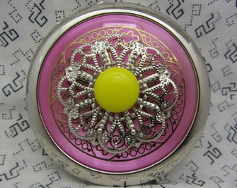 Compact Mirror Lacey Comes With Protective Pouch