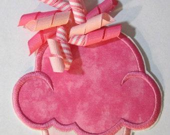 Iron On Applique -  Korker Ribbon Cupcakes