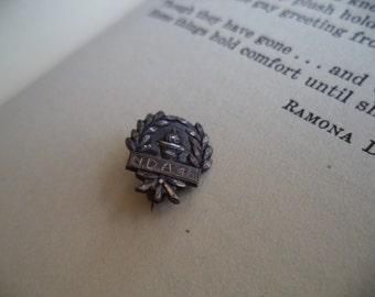 Tiny Vintage Label Pin