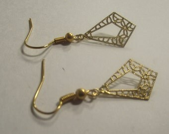 Gold Tone Etched dangle earrings