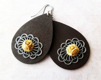 Dark Brown Wooden Teardrop Earrings with taupe Rose Flowers and Filigree