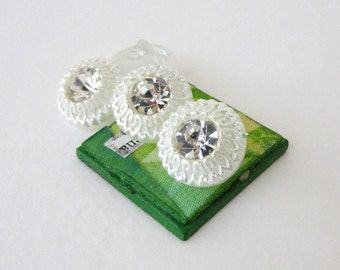 Vintage Rhinestone Buttons White Pearl Flower Shank Czech 14mm but0245 (4)