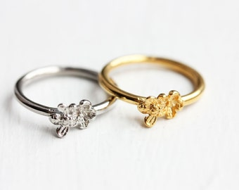 Sample Sale - Bee and Flower Ring