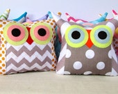 Wholesale+15% off / 5  five Owl pillows/Zig zag and dots /owl party/ you choose colour/make to order
