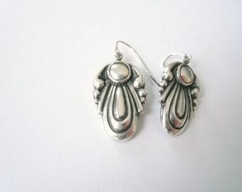 Teardrop earrings Art nouveau earrings Curvy earrings Silver earrings Art deco earrings Art nouveau dangles Silver dangles Medium earrings