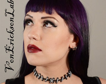 Monster High Costume Jewelry Set -  Monster High   - Silver and Black  with medium stitches Choker and Bracelets  3 PC set