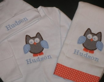 Personalized Owl Baby Gown Hat and Burp cloth set, Personalized MONOGRAM Baby Woodland Coming Home Outfit