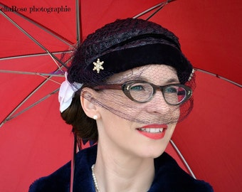 Vintage Navy Straw/Netting Capulet Women Hat 40s Medium 22 inches