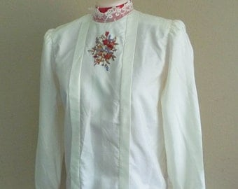 Vintage LACE HIGH Collar Blouse • Victorian Style • 80s Embroidered Floral Blouse • Off White • Size Medium