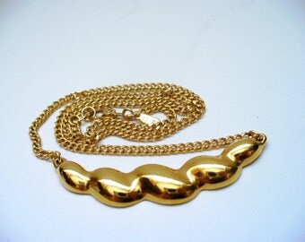 Vintage Monet Gold Necklace 1980s Fashion Spiral Charm Choker Mint