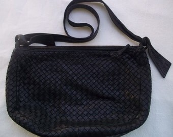 Authentic Bottega Veneta Black Intrecciato Shoulder Bag