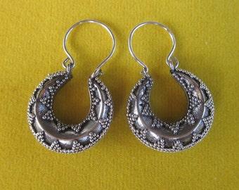 Balinese Sterling Silver hoop Earrings /  silver 925 / Bali granulation handmade jewelry / 1.15 inch long