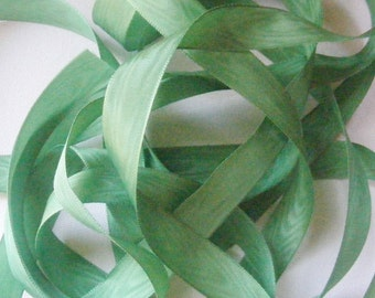 Vintage 40's French Rayon Moire Ribbon 11/16 inch -Milliners Stock- Grass Green