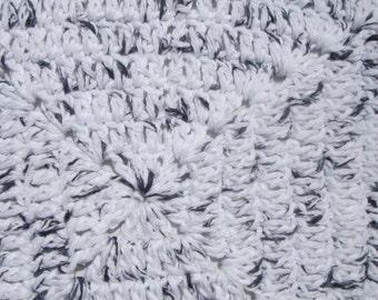 Crochet Dish Cloth, Wash Cloth, Rag, Kitchen Cloth, eco friendly cotton scrubbie for kitchen or bath, White and Black, Sponges and Cloth