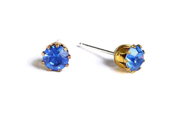 Estate style sapphire blue rhinestone crystal hypoallergenic stud earrings (483) - Flat rate shipping