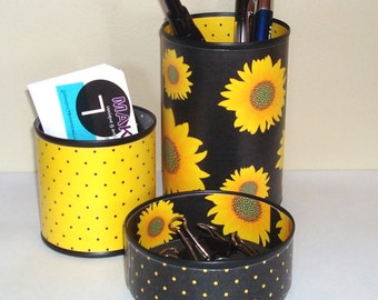 Sunflower Desk Accessories / Pencil Holder / Pencil Cup / Office Desk Organizer / Yellow and Black Sunflower Office Decor - 776