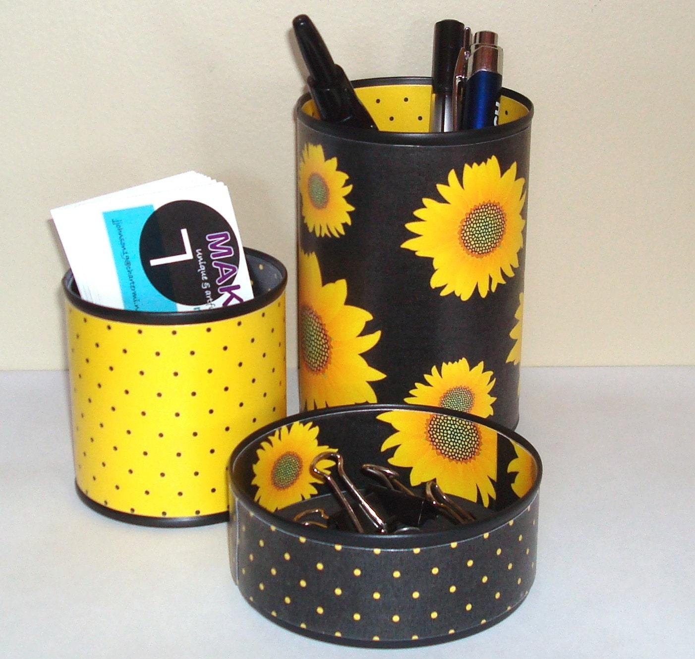 Sunflower Desk Accessories Pencil Holder by makingtimetc