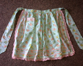Handmade Apron With Pocket Lace Edging Pink & Green Flowers