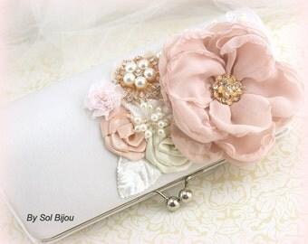 Clutch, Blush, Pink, Ivory, White, Gold, Handbag, Elegant Wedding, Vintage, Gatsby, Bridal, Mother of the Bride, Brooch, Pearls, Crystals