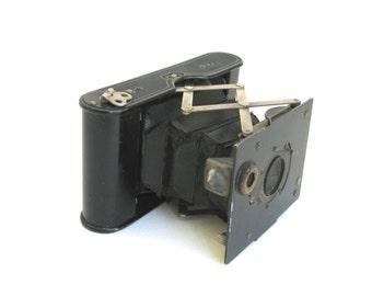 kodak vintage camera  ...   1913 autographic  film no A - 127