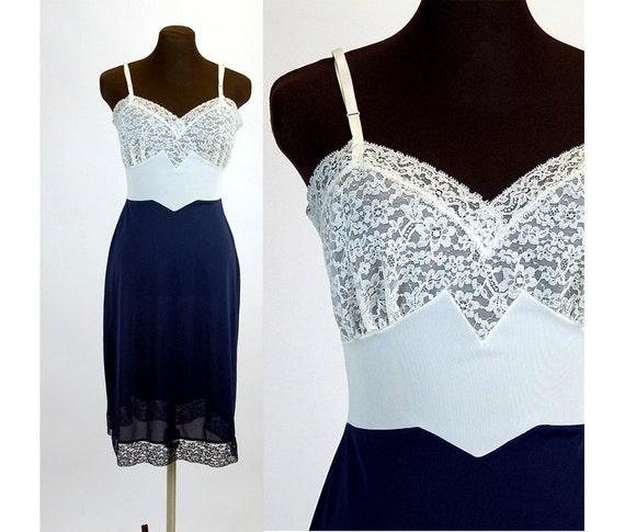 1960s slip 60s lingerie navy blue white full slip lace bodice waist panel Size M