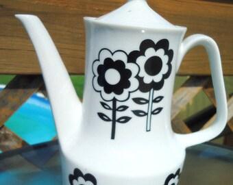 60s Retro Black and White Floral Teapot