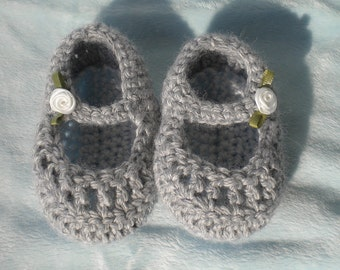 Crocheted MaryJanes Infant 3 6 mo Heather Grey