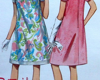 Vintage Dress Sewing Pattern Butterick 4488 Size16
