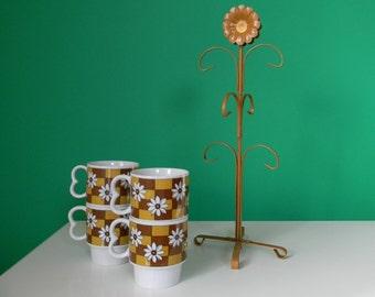 Vintage Daisy Print Coffee Mug and Rack Set