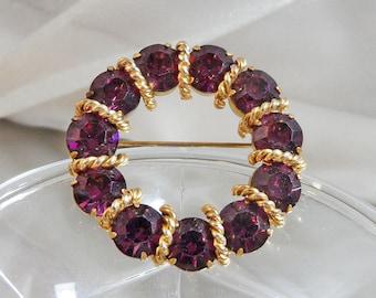 Vintage Purple Circle Brooch. Gold Tone. Amethyst Purple Rhinestones.