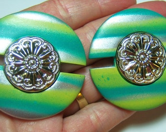 vintage large round pale green, pale yellow and gray pierced earrings 514D8