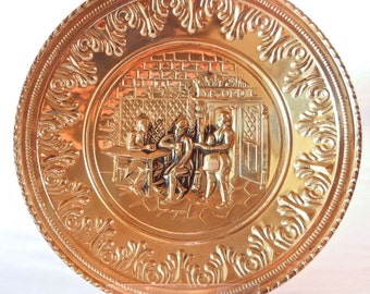 Brass Tone Metal Wall Art, Charger Old World English Pub Scene, Ye Olde Inn, Made in England 1950s