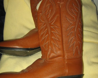 Vintage Mens brown  Cowboy western brown  Boots Made in USA