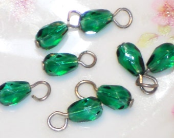 N1173 Vintage Glass Beads Drops Dangles Doll buttons -10 Tiny Mini 4mm Charm Charms Green