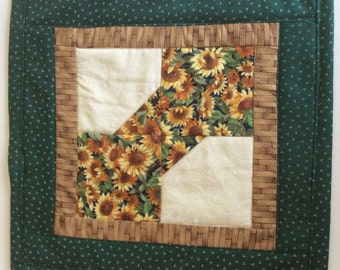 Quilted Candle Mat or Mini Quilt Table Topper