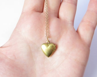 Heart Locket Necklace, Small Gold Heart Locket, Tiny Locket Pendant, Heart Necklace, 14kt Gold Filled, Delicate Heart Necklace