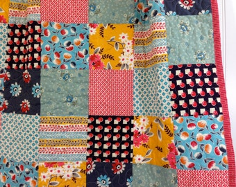 CLEARANCE! 50% OFF! Gingersnap, Vintage Inspired, Modern Baby Quilt, Crib Quilt, Toddler Quilt, Baby Quilt, 33 x 44