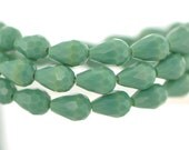 58pcs Teardrop Crystal Glass Faceted Beads 8x11mm Opaque Green - (#SS08-29)
