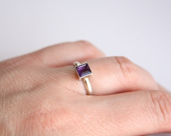Vintage Sterling Ring with Amethyst, size 6.5